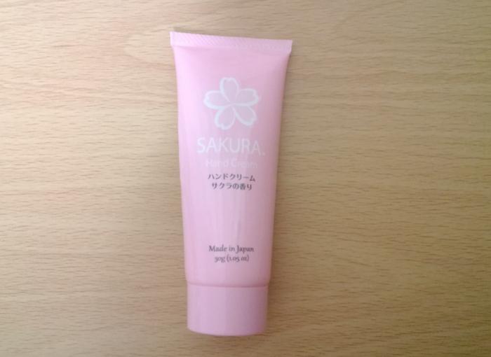 ダイソー桜の香りのハンドクリーム